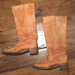 Frye Campus Sz 9 boots used condition M28281 tan